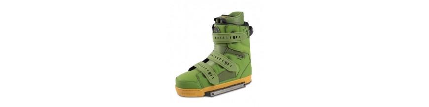 Boots si legaturi wake